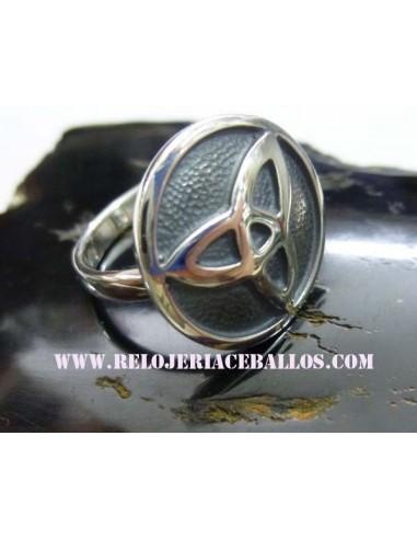 Triketa en forma de anillo  JDA46
