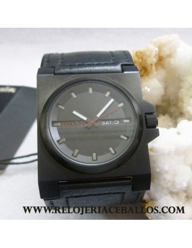Reloj Levis cro. ref L002
