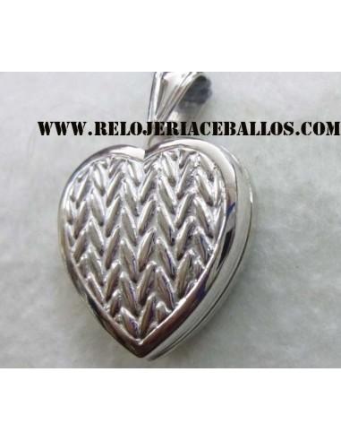 Relicario de Plata en forma de Corazón