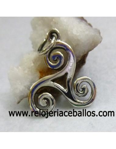 Trisquel colgante de plata ref 106-0055