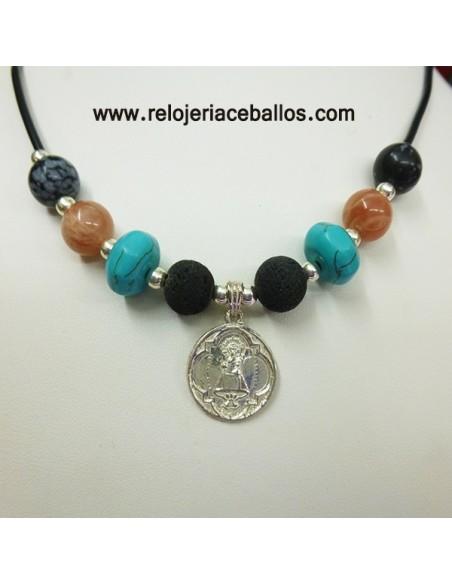 Collar artesano con piedras naturales y Virgen de Covadonga BEA5